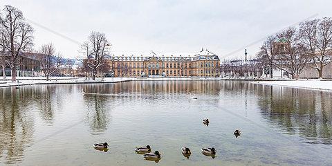 Germany  Baden-Wuerttemberg  Stuttgart  New Palace  Lake Eckensee in winter
