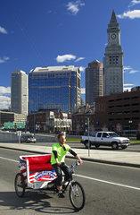 Fahrrad-Rikscha im Stadtzentrum von Boston  USA
