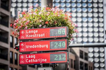 Fahrradstadt Utrecht  Wegweiser zu freien Fahrradstellplaetzen