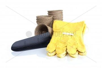 Torftoepfe  Schaufel und Handschuhe