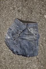 Zerknuellte Jeans