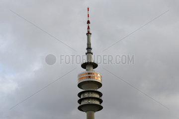 Muenchen  Deutschland  die Spitze des Olympiaturms