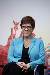 Kramp-Karrenbauer - Politics talk