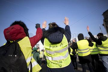 Gelbe Westen Protest  Reichsbuerger