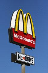Torgau  Deutschland  Schild eines Mc Donalds Mc Drive