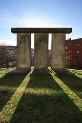 Berlin  drei Mauersegmente