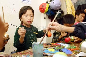 Vietnam  Strassenkinder in Hanoi