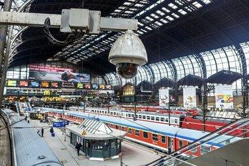 Videoueberwachung der Bahnsteige im Hauptbahnhof Hamburg