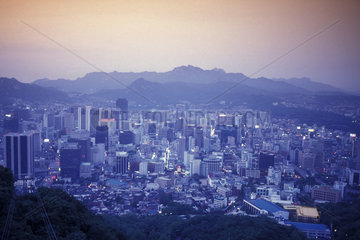 SOUTHKOREA SEOUL CITY CENTRE DOWN TOWN
