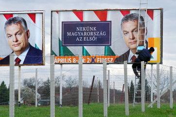 Wahlplakate der Fidesz-Partei 2018
