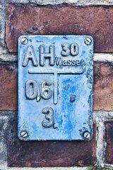 Hinweisschild auf Wasseranschluss