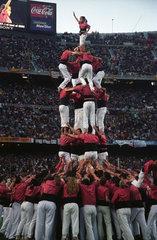 Menschlicher Turm im Stadion Camp Nou in Barcelona