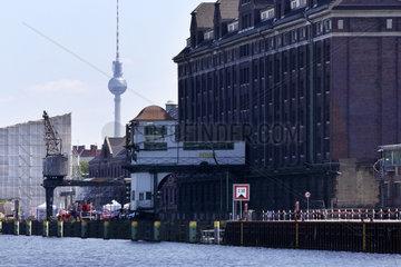 Berlin  Deutschland  BEHALA Westhafen und Fernsehturm in Berlin-Wedding