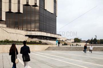Sofia  Bulgarien  Vorplatz vor dem Nationalen Kulturpalast NDK
