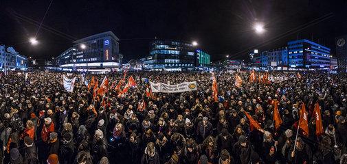 Anti-PEGIDA-Kundgebung in Bielefeld