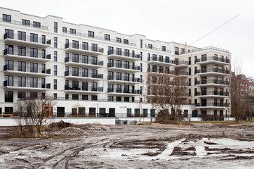 Berlin  Deutschland  Neubau fuer Wohnungen und ehemaliger Grenzstreifen in der Alten Jakobstrasse in Berlin-Mitte