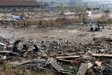 Belgrad  Serbien  Fluechtlinge auf dem Gelaende am Hauptbahnhof