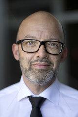 Prof. Timo Wollmershaeuser - ifo Institut
