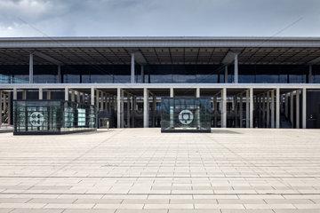 Schoenefeld  Deutschland  Flughafen Berlin Brandenburg Willy Brandt BER