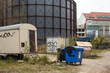 Berlin  Deutschland  Unbebautes Grundstueck und Rotunde am Checkpoint Charlie in Berlin-Mitte