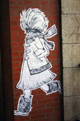 Winterfashion street art