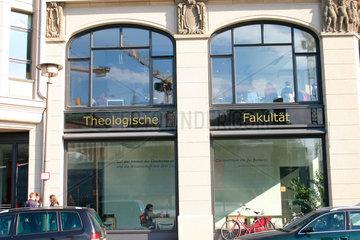 Theologische Fakultaet