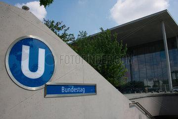 U-Bahnhof Bundestag.
