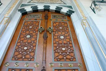 Tuer der Sehitlik Moschee am Columbiadamm