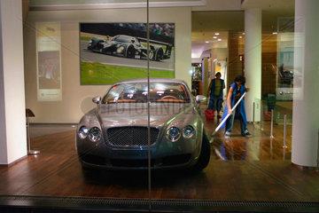 Berlin. Bugatti Schaufenster