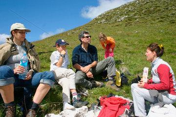 Villnoesstal - Suedtirol. Picnic Rast bei eine Wanderung