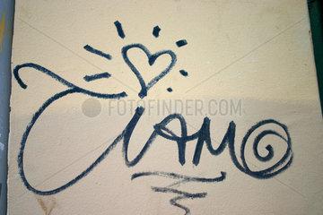 Ti amo. Italienisch Liebesgraffiti in Kreuzberg.