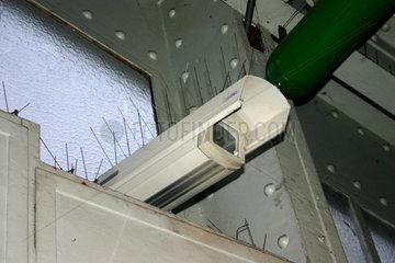UBahn Videoueberwachung am Kottbusser Tor