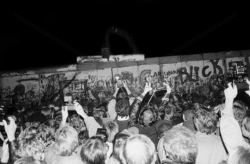 Berlin Wall break down at Potsdamer Platz