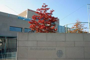 Berlin Herbststimmung am Bundeskanzleramt