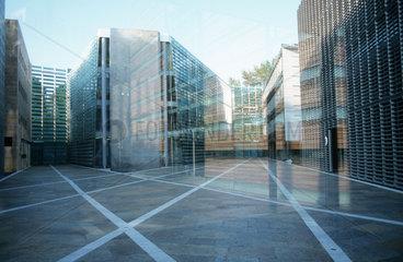 Innenhof der Botschaft der Nordischen Laender