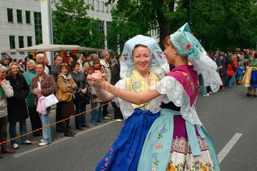Berlin -dancers at the carnival of culture