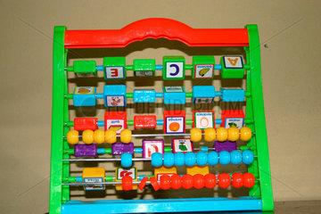 ABC- Lernspielzeug