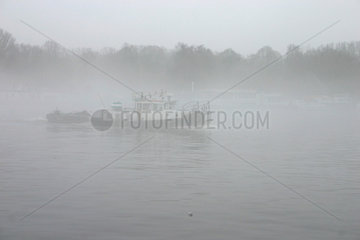 Berlin - Nebel auf dem Spree