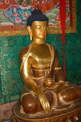 Berlin - Altar in ein Tibetische Buddhistische Zentrum