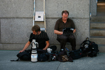 Fotografen beim upload ihrer Bilder