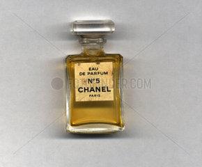 Chanel Parfuem Flasche