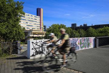 Essen  Ruhrgebiet  Deutschland  staedtebauliches Projekt Gruene Mitte Essen  Radschnellweg RS 1