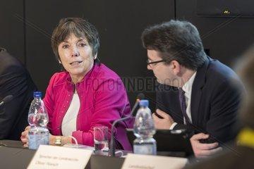 Pressegespraech mit Prof. Dr. Margot Kaessmann  Oliver Hoesch