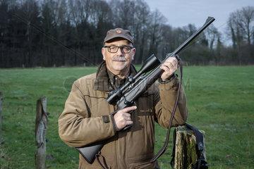 Prof. Horst Beuermann  passionierter Jaeger  Geschaeftsfuehrer des BGP - Institut fuer Managementberatung Prof. Horst Beuermann