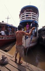 Passagierschiffe am Amazonas