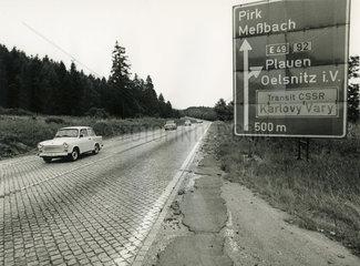 Autobahn A 72 Hof-Chemnitz  DDR  August 1990
