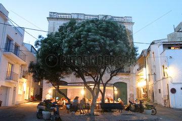 Abendstimmung im spanischen Kuestenort Cadaques