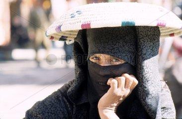 Verschleierte Frau in Marrakesch