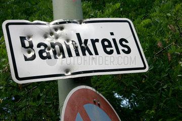 Angeschossen Bannkreis Hinweisschild