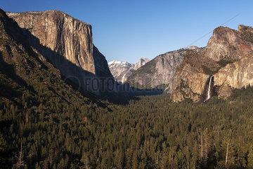 Tunnel View  Yosemite Valley  Yosemite National Park  California  USA